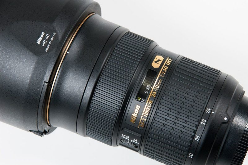 F値固定のレンズ 24-70mm F2.8