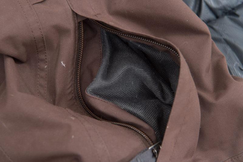 手を温めるポケット