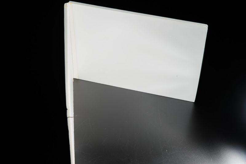 レフ板を使い補助光源をつくる