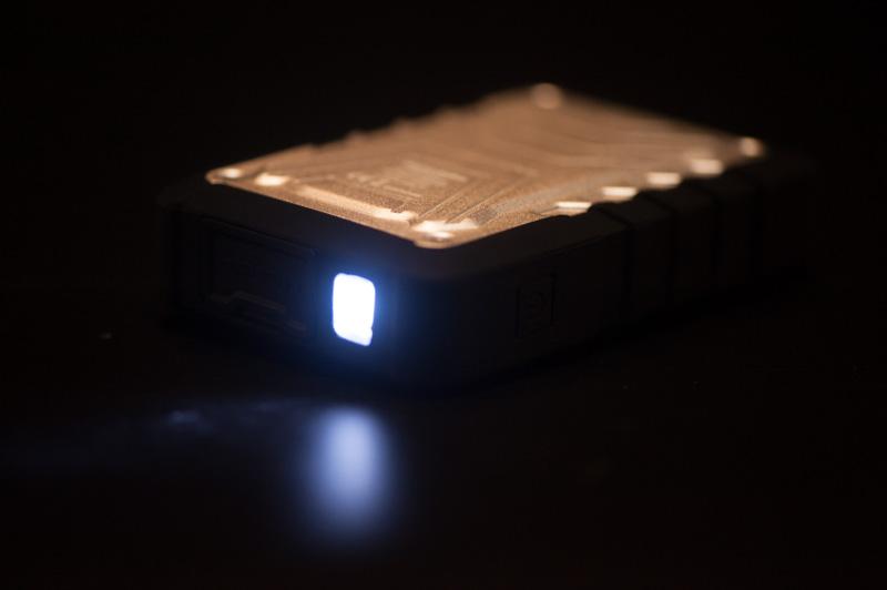 ライト機能が付属している