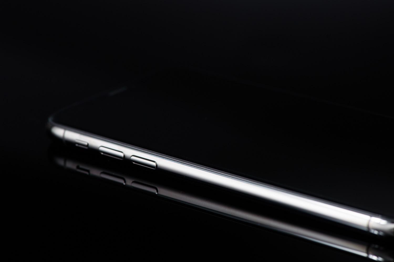 iPhone Xの側面