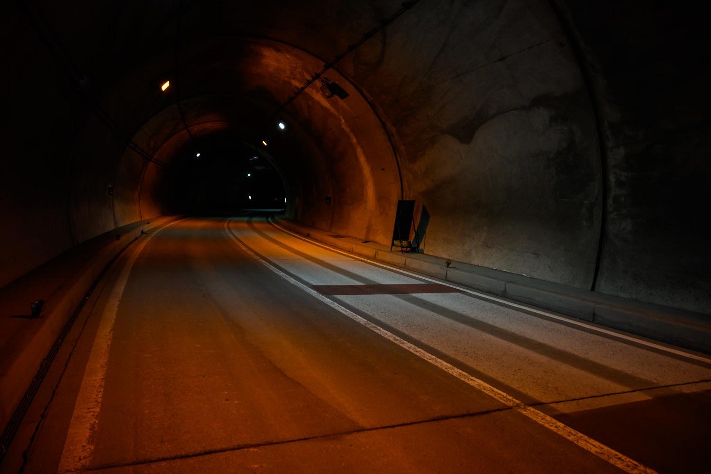 釜トンネルの斜度