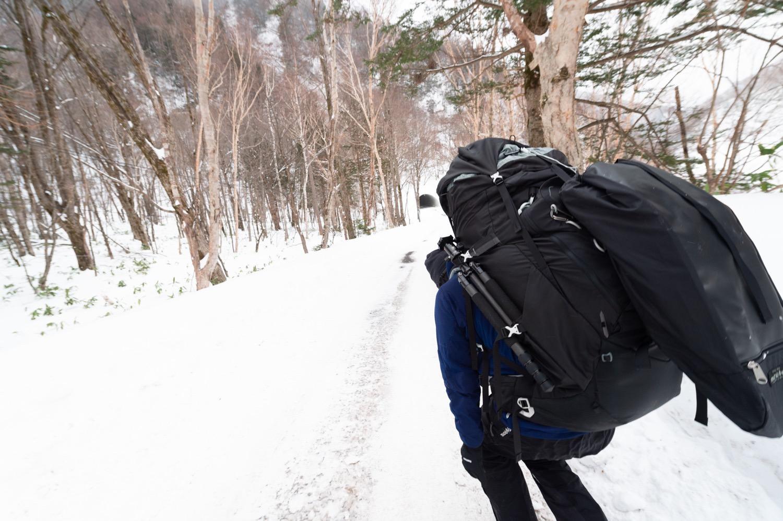 雪上歩荷訓練