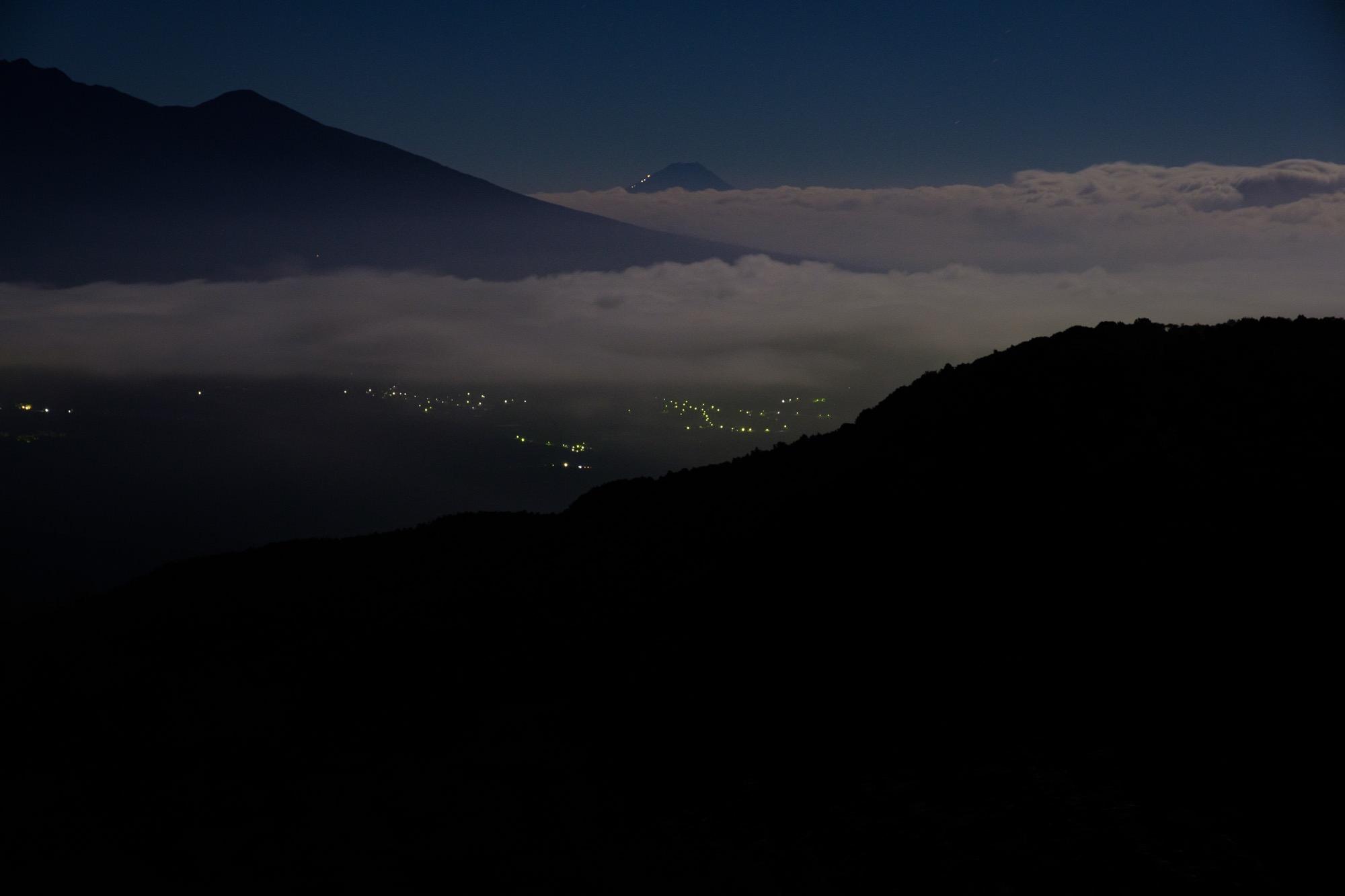 深夜の霧ヶ峰からの茅野市