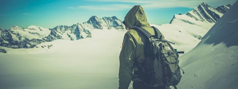登山は危険なアクティビティ