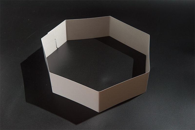 紙で便器を作る