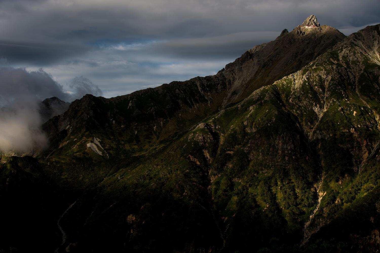 山の魅力を伝えるぱくたそ