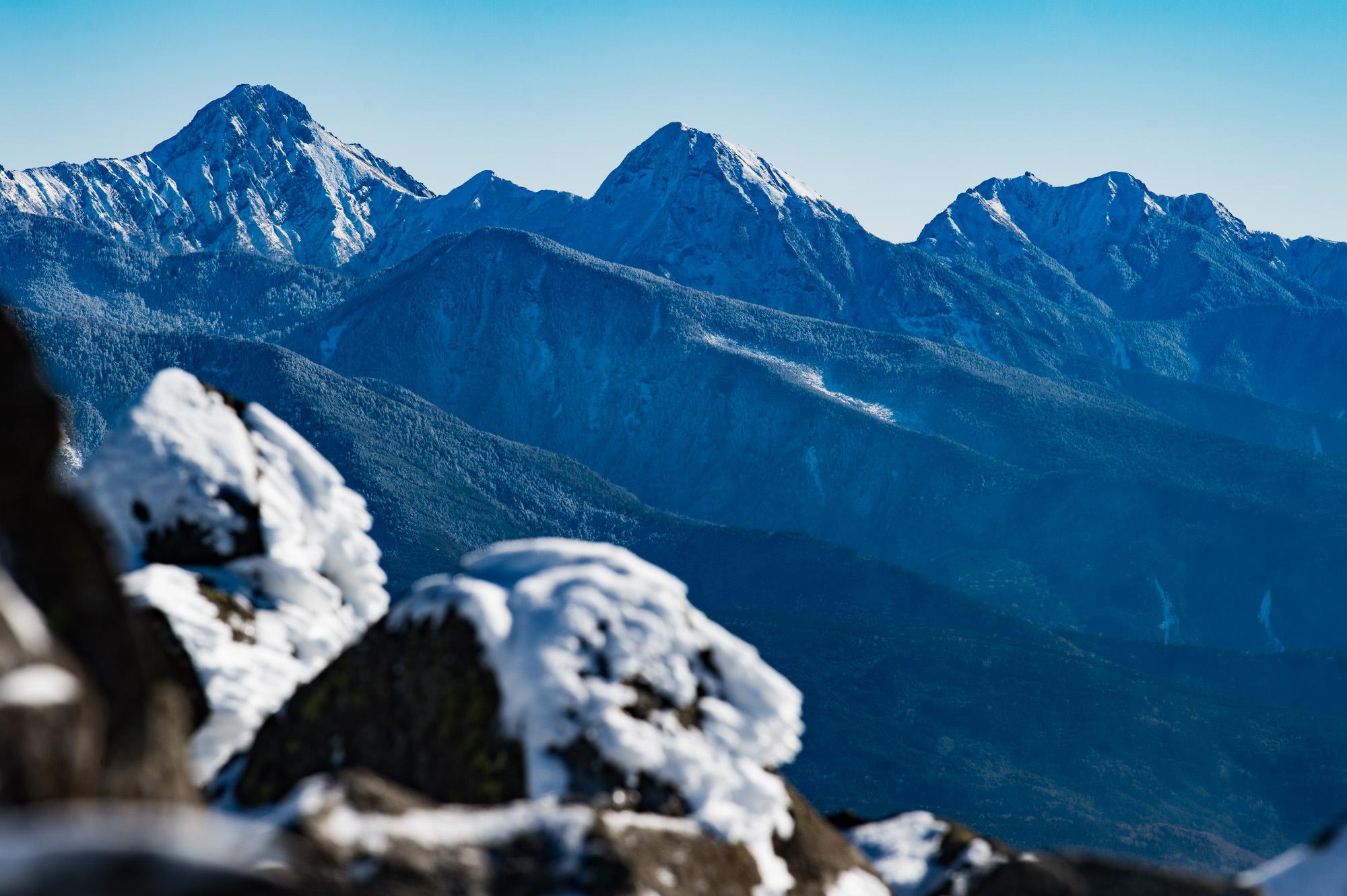 蓼科山から望む八ヶ岳連峰