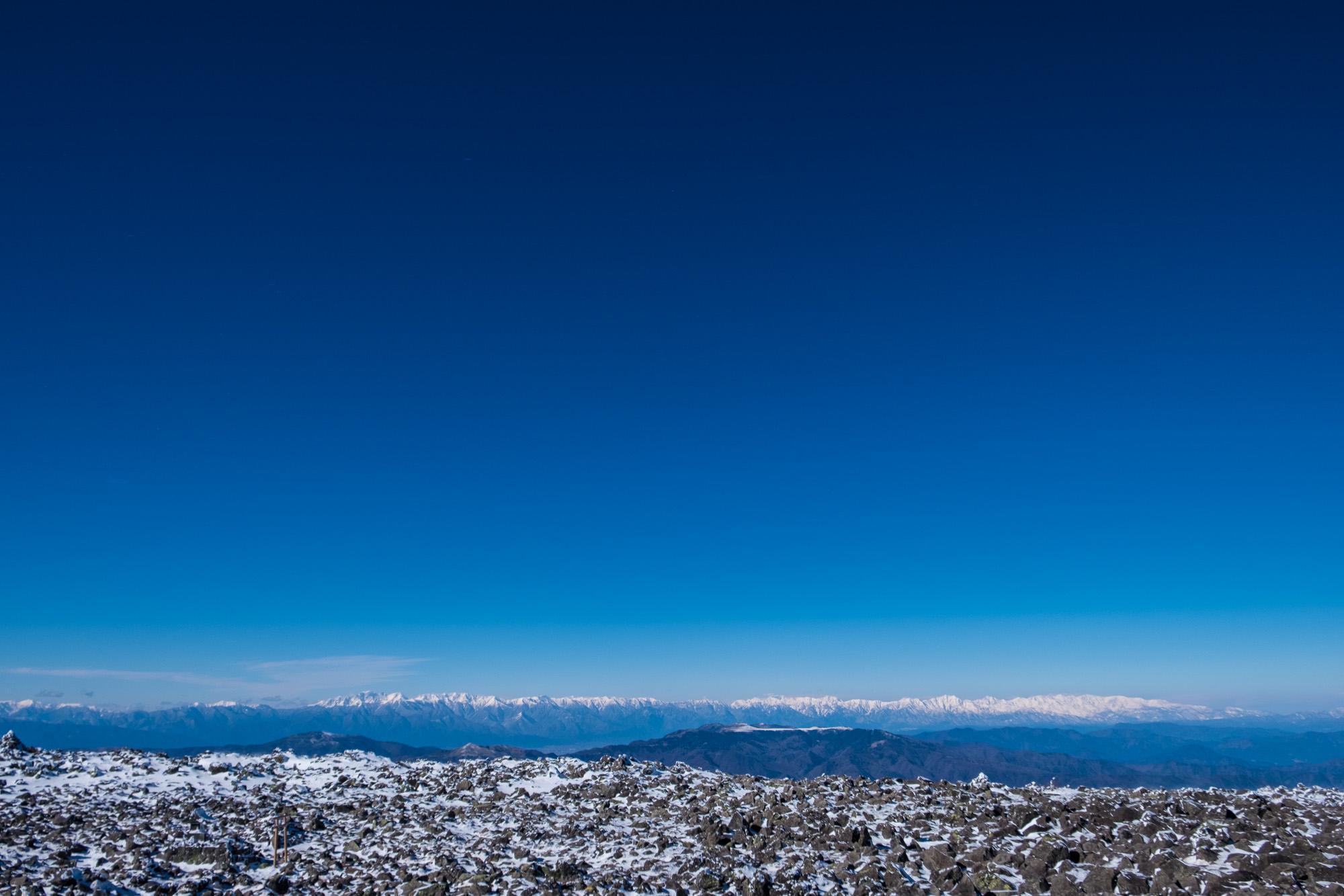 蓼科山山頂から望む空