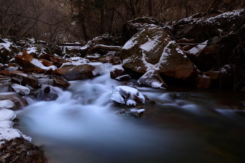 横谷峡谷の渓谷