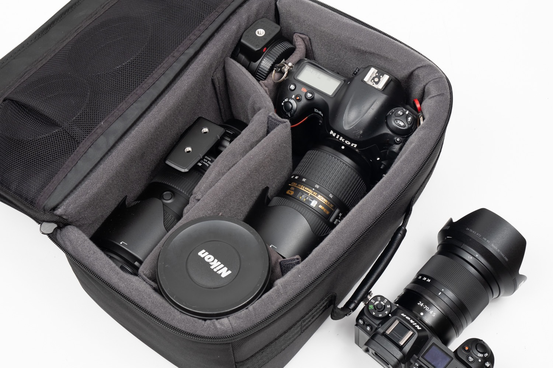 Nikonの一眼レフの収納も可能