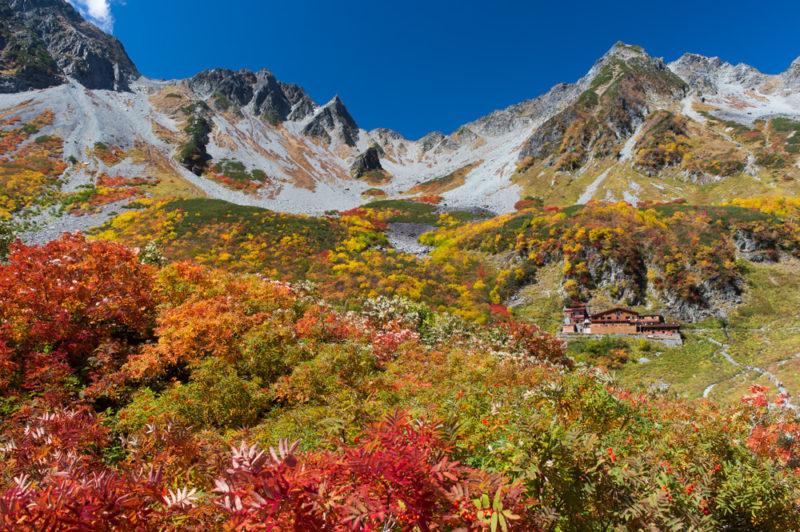 日本一の紅葉と言われる北アルプス涸沢の絶景を満喫したいなら知っておくべき3つのこと